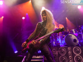steel-panther-5