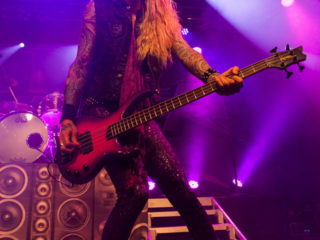 steel-panther-21